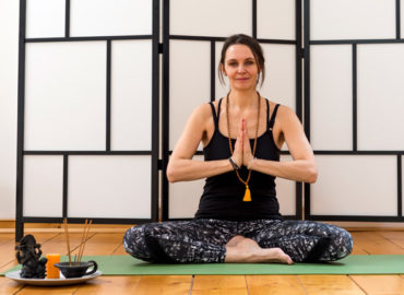 Hatha Yoga / Chakra Yoga / Yoga Nidra
